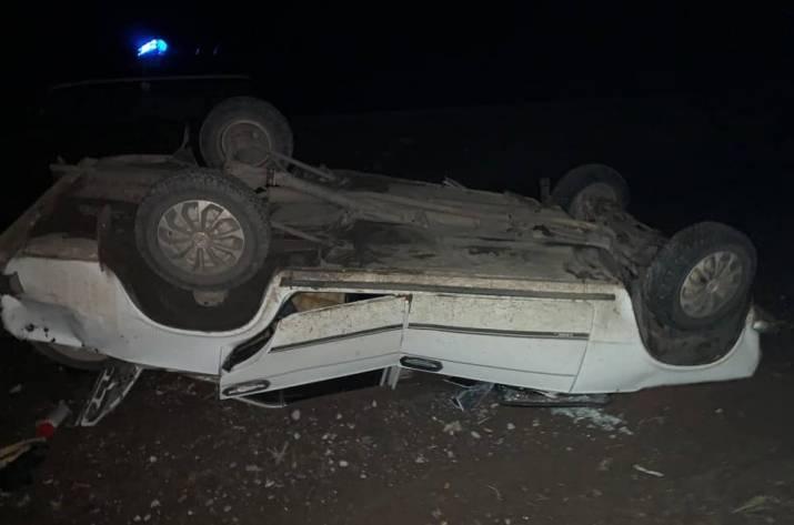 Возле Плугатаря перевернулся автомобиль: есть пострадавшие